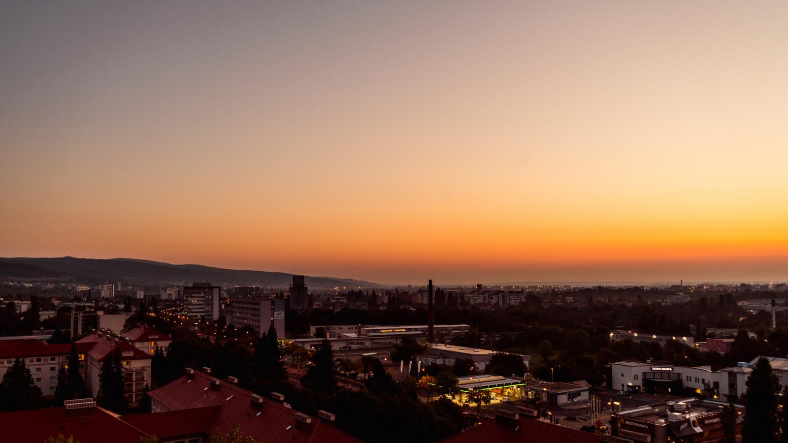 východ slnka v bratislave